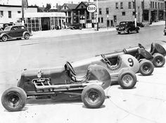 Racing cars at 26th and State Streets (1930s)  Outside of Veteran's Stadium.