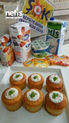 BARDAKTA PORSİYONLUK LİMONLU REVANİ Joy Of Cooking, Cooking Time, Lemon Glaze Recipe, Pasta Cake, Puff Pastry Recipes, Sweet Pastries, Turkish Recipes, Eat Smarter, Dessert Recipes