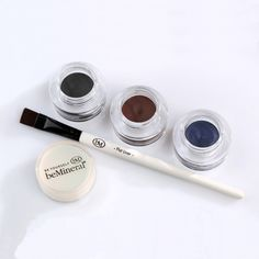 Natural eyeliner , eyeliner in gel , eyeliner naturale Natural Eyeliner, Gel Eyeliner, Bel Air, My Beauty, Round Sunglasses, Round Frame Sunglasses