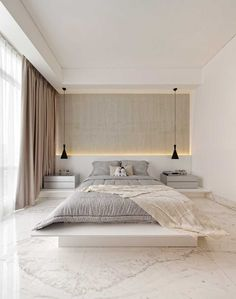 Top Minimalist Bedroom Interior Design Ideas For Your Inspiration - Introduce elegance, style, tradition and comfort in your bedroom with antique furniture. Refurbish your old recliners and bed sets and use them in you. Narrow Bedroom, Modern Master Bedroom, Bedroom Furniture Design, Modern Bedroom Design, Home Room Design, Master Bedroom Design, Home Bedroom, Bedroom Decor, Girls Bedroom