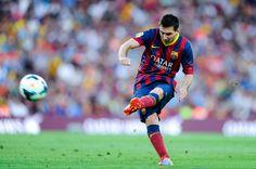 Lionel Messi 2014 Free Kick