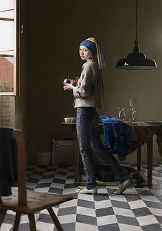 One of her digital painting projects takes classic Renaissance paintings (such as Girl with a Pearl Earring by Johannes Vermeer) and transfers them into modern situations. Johannes Vermeer, Contemporary Artists, Contemporary Style, Modern Art, Modern Classic, Contemporary Photographs, Contemporary Clothing, Post Modern, Classic Portraits