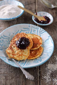 Low Carb Pancakes, French Toast, Paleo, Food And Drink, Breakfast, Recipes, Creme Egg Cake, Food Portions, Chef Recipes