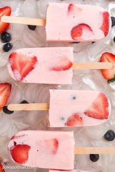 Recipe for Protein Smoothie Popsicles with fresh fruit