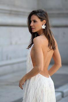 El vestido de flecos de Zara looks - Lady Addict Vestidos Zara, Backless, Ocean, Outfits, Dresses, Fashion, Short Prom Dresses, Long Dresses, Dress Backs