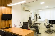 Consultório de Oftalmologia - sala de atendimento