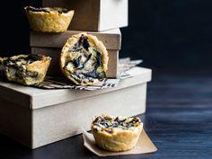 Kuva - Sienipiirakat Savory Pastry, Camembert Cheese, Dairy, Recipes, Food, Pastries, Mushroom, Garden, Garten