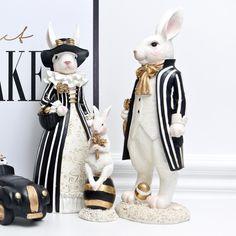 American Court Rural Light Luxury Rabbit Figurines Handicraft Black Gold Miss Rabbit Nordic Style Home Decoration Accessories Mackenzie Childs Furniture, Cadeau Couple, Gothic Interior, Mackenzie Childs Inspired, Mckenzie And Childs, Cactus Planta, Rabbit Art, Bunny Crafts, Bird Drawings