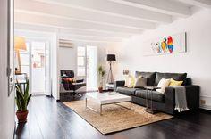 Salón multicolor : Salones modernos de Markham Stagers