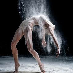 """Dance and life Russian photographer Alexander Yakovlev has made a series of photos entitled """"the big bang theory"""" in which combines the movement of the classical ballet and contemporary dance with big explosions of white powder Source=mott. Ballet Photography, Creative Photography, Photography Poses, White Photography, Family Photography, Amazing Photography, Street Photography, Landscape Photography, Nature Photography"""