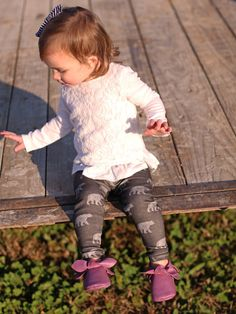 Little Bear Leggings Baby Leggings Toddler by Saravadesigns