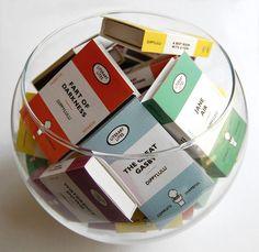 Regalo de broma de caja de cerillas para un amante de los libros   23 Adorables regalos para los amantes de los libros que son demasiado lindos para las palabras