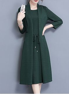 Latest fashion trends in women's Dresses. Shop online for fashionable ladies' Dresses at Floryday - your favourite high street store. Elegant Outfit, Classy Dress, Elegant Dresses, Beautiful Dresses, Casual Dresses, Classy Outfits For Women, Office Outfits Women, Hijab Fashion, Fashion Dresses