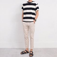 New Style Korean Fashion Cowok Ideas Korean Fashion Men, Mens Fashion, Look Fashion, Fashion Outfits, Outfits Hombre, Looks Vintage, Korean Outfits, Simple Outfits, Minimalist Fashion