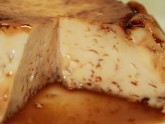 It is a very simple homemade flan that has a very rich flavor. You will enjoy its delicious flavor, but even more so the quick and practical method used to make it. Mexican Food Recipes, Sweet Recipes, Cake Recipes, Dessert Recipes, Microwave Recipes, Kitchen Recipes, Cooking Recipes, Köstliche Desserts, Delicious Desserts