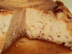 Receta de Flan de Huevo en Microondas | Es un flan casero muy simple que tiene un sabor muy rico. Disfrutarás su delicioso sabor, pero más aún el método tan rápido y práctico con el que se hace.