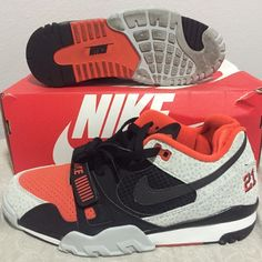 Nike Barry Sanders 8.5 (men's) Nike air trainer. Barry Sanders Safari! Size 8.5 in men's! Lightly used. Runs small (narrow toe box) currently just trying to sell on e B ay. Go look for the listing. If they don't sell there then I'll post them here. Price cut from $150 to $145 Nike Shoes Athletic Shoes