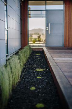 + St Kilda Wetlands Duplex - Entry +