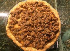 Sweet Potato Streusel Pie | sodelushious.com