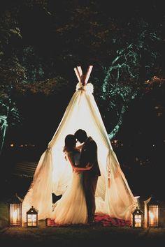 Romantic Boho Wedding tipi | SouthBound Bride www.southboundbride.com/romantic-boho-wedding-at-nooitgedacht-by-vanilla-photography-marisa-anees Credit: Vanilla Photography