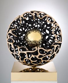 Beautiful Sphere shell bronze Gianfranco Meggiato