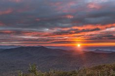 15 Best Places To Stop On The Blue Ridge Parkway North Carolina