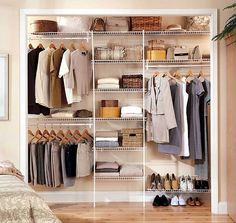 Wire Closet Organizer Designs Ideas - Home Design and Decor Ideas Small Closet Storage, Best Closet Organization, Bedroom Closet Storage, Closet Built Ins, Bedroom Closet Design, Closet Shelves, Closet Designs, Organization Ideas, Bedroom Organization