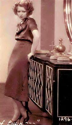 Clara Bow vanity / dresser