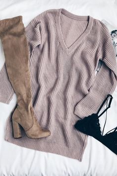 The Bringing Sexy Back Mauve Backless Sweater Dress brings a little edge to those chilly days by the fire! A rounded neckline, long sleeves, and a deep V-back shape this sweater dress. Fall Winter Outfits, Autumn Winter Fashion, Winter Wear, Winter Style, Fall Fashion, Backless Sweater, Teen Fashion, Fashion Outfits, Dress Fashion