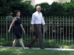 La 'otra' mujer de Barack / Yolanda Monge @elpais_internacional |   Valerie Jarrett está detrás de cada decisión que toma el presidente de Estados Unidos : es la única que traspasa el Ala Oeste de la Casa Blanca hasta el hogar de los Obama | #politiquerio