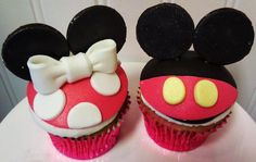 minnie and mickey mouse cupcakes