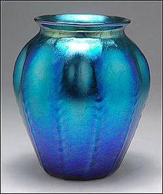 1920s Tiffany Art Nouveau Blue Irridescent Ribbed Vase