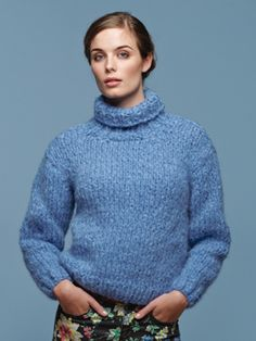 Knit this womens roll neck sweater from Tumble, a design by Lisa Richardson. Knitted in Tumble, a glorious lightweight, soft and lofty yarn comprising of 90% Alpaca and 10% Cotton. This knitting pattern is suitable for beginners.