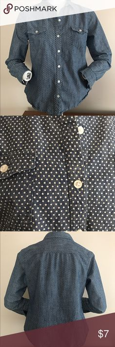 Old Navy Polka Chambray dot button up casual Cute casual chambray  polka dot button up. great with jeans tucked and untucked, or with a casual tan skirt. Great under vests and sweaters Old Navy Tops Button Down Shirts