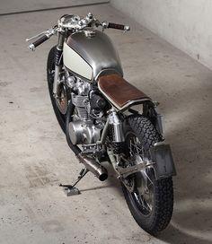 Honda Cafe Racer by Vagabund Moto – Men's Gear Cafe Bike, Cafe Racer Bikes, Cafe Racer Motorcycle, Cafe Moto, Women Motorcycle, Motorcycle Helmets, Concept Motorcycles, Cool Motorcycles, Vintage Motorcycles