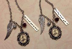 Mortal Instruments Parabatai Rune Friendship/Best Friends Silver Tone Necklace Pendant For my parabatai Katia