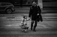 Fifteen Minutes in Zürich Street Photography, Dads, Father, Daughter, Pai, Fathers, My Daughter, Daughters