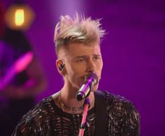 Movies Out Now, In And Out Movie, Colson Baker, Machine Gun Kelly, I Promise, Concert, Music, Musica, Musik