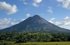 Spend Labor Day Somewhere New! Visit Costa Rica and the Volcano Arenal!  #Tourism #Travel #AESU