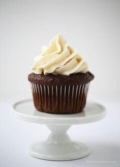 ***The BEST chocolate cupcakes ever!