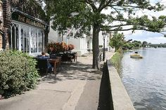 The Bell & Crown pub on the riverside at Strand on the Green