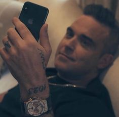 Robbie Williams, Take That, Singer, Fancy, Celebrities, Bae, Singers, Celebs, Foreign Celebrities