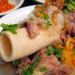 Sop Kaki Kambing Bang Udin http://www.maukuliner.com/sop-kaki-kambing-bang-udin/