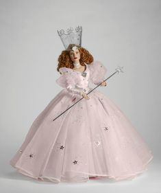2013 Tonner Mainline, Wizard Of Oz, Glinda The Good Witch (Pre-Order Item. Mid-February Delivery)
