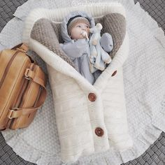 Casacoesaco Swaddle Wrap, Baby Swaddle Blankets, Toddler Sleeping Bag, Sleeping Bags, Newborn Sleeping Bag, Handmade Baby Blankets, Toddler Blanket, Purple Bags, Baby Warmer