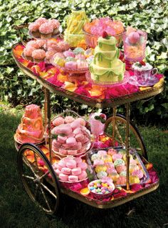 Vintage tea cart filled to the brim. Dessert Buffet, Candy Buffet, Dessert Bars, Dessert Tables, Tea Trolley, Tea Cart, Tea And Crumpets, Wedding Desserts, Wedding Cakes