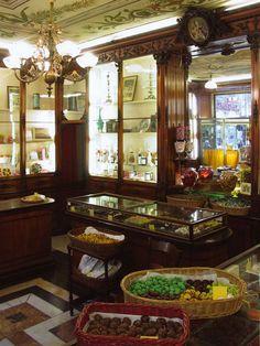 IW_Soziglia_3 Beautiful Italian candy and chocolate shop