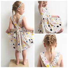 ☀️ come back soon please!! My girl has to wear this dress asap  #handmade #sewing #sewingforgirls #summerdress #lolajurk #zelfgemaaktekleertjes #destoffenkamer #cloud9 #voile zoooo blij dat ik deze stof kocht @sylviapintens !