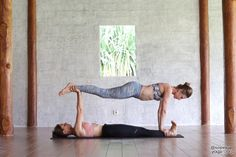 Ever thought about trying partner yoga? Here are 50 partner yoga poses ranging f. - Ever thought about trying partner yoga? Here are 50 partner yoga poses ranging from beginner to more - Two Person Yoga Poses, Yoga Poses For Two, Easy Yoga Poses, Yoga Poses For Beginners, Challenging Yoga Poses, Acro Yoga Beginner, Yoga For Two, Couples Yoga Poses, Partner Yoga Poses