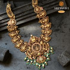 Gold Temple Jewellery, 18k Gold Jewelry, Jewellery Earrings, India Jewelry, Gold Jewellery Design, Bridal Jewellery, Antique Necklace, Gold Necklace, Fashion Necklace